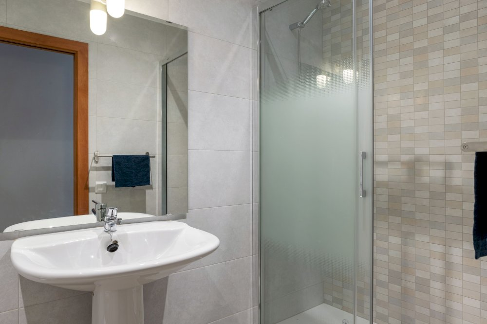 https://helpaccommodation.sextan.eu/upload/flats//-D-BAÑO2.jpg