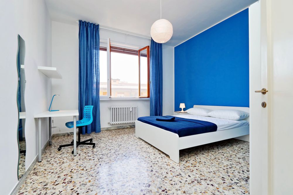 https://helpaccommodation.sextan.eu/upload/flats/Bellini/2-VIA BELLINI 01.jpg