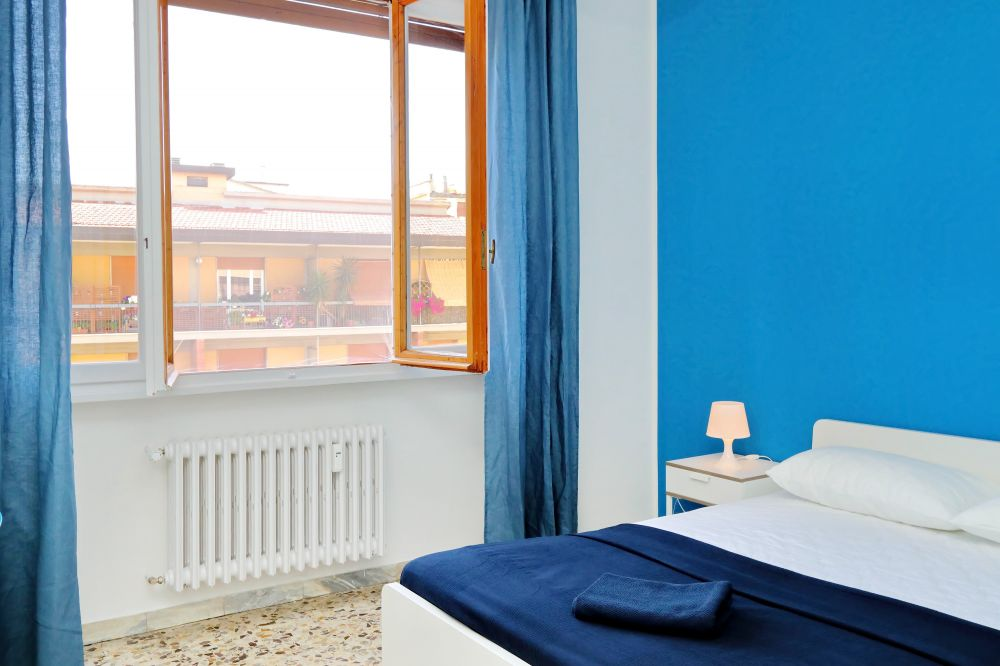 https://helpaccommodation.sextan.eu/upload/flats/Bellini/Bellini_2-VIA BELLINI 06.jpg