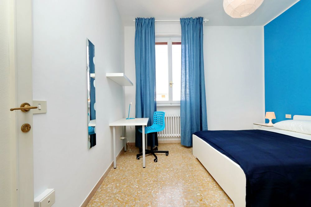 https://helpaccommodation.sextan.eu/upload/flats/Bellini/Bellini_4-VIA BELLINI 30.jpg