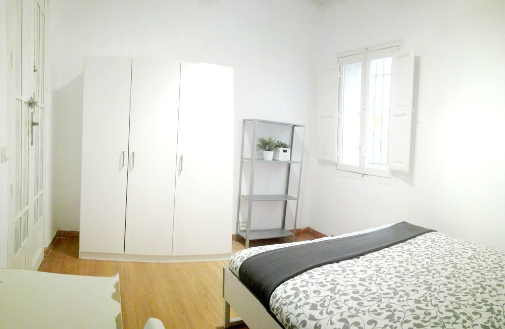 https://helpaccommodation.sextan.eu/upload/flats/CN23_BI/3-2.jpg