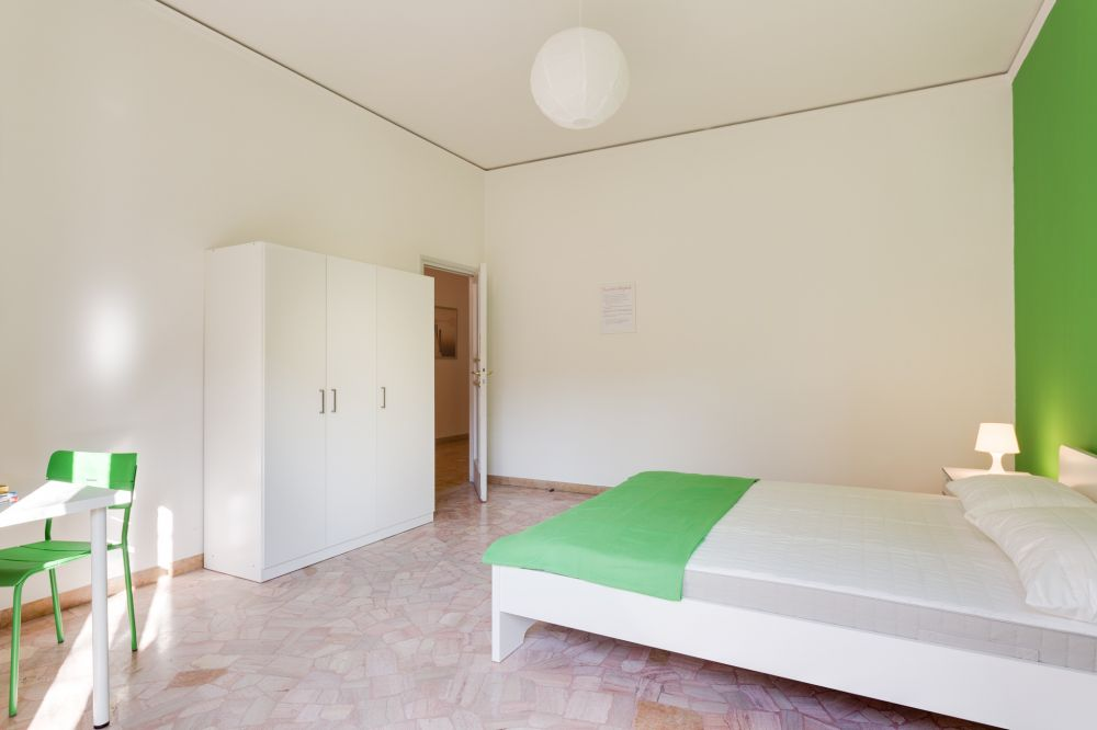 http://helpaccommodation.sextan.eu/upload/flats/Cherubini/5-1486555292982A402122.jpg