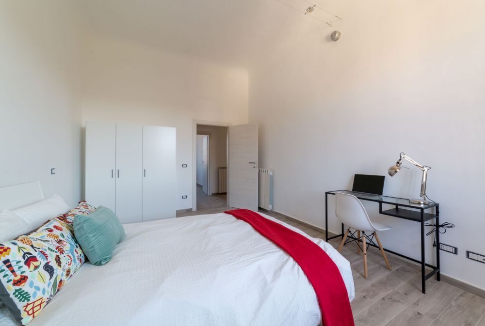 https://helpaccommodation.sextan.eu/upload/flats/G37_3L/5-IMG_1812-HDR.jpg