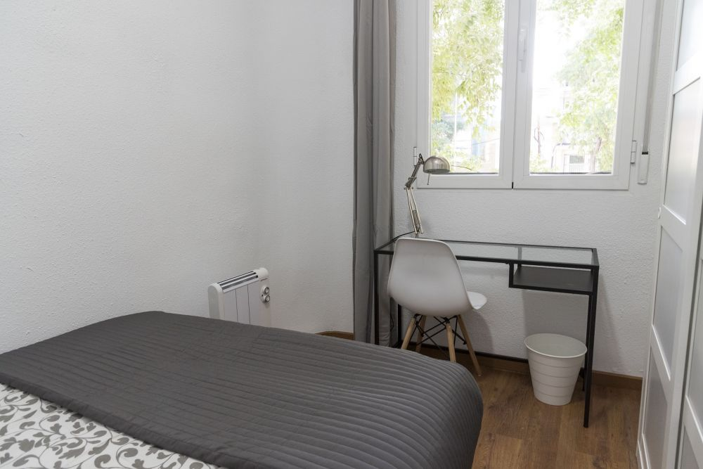 https://helpaccommodation.sextan.eu/upload/flats/GL38_1I/1-bedroom 1_1.jpg