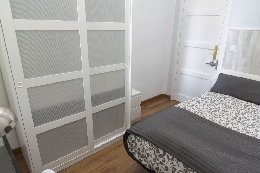 https://helpaccommodation.sextan.eu/upload/flats/GL38_1I/1-bedroom 1_3.jpg
