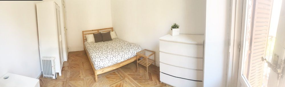 https://helpaccommodation.sextan.eu/upload/flats/P42_2I/4-IMG_5608 1.JPG
