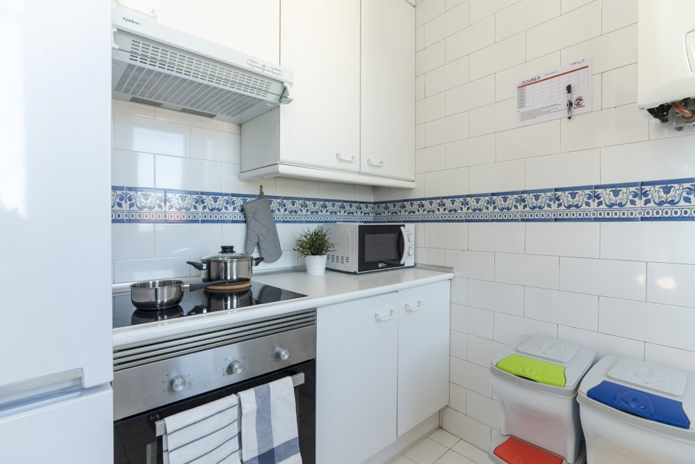 https://helpaccommodation.sextan.eu/upload/flats//-cocina_2.jpg