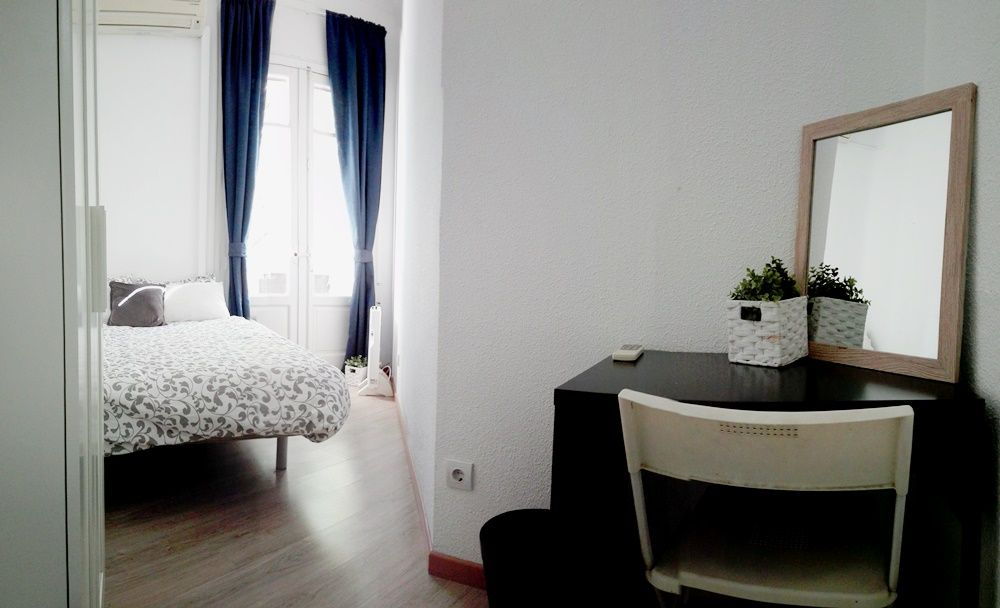 https://helpaccommodation.sextan.eu/upload/flats/Q7_2D/3-5.jpg