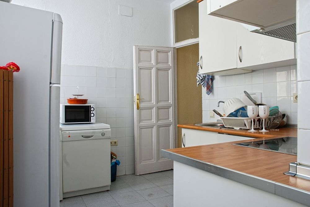 http://helpaccommodation.sextan.eu/upload/flats//-Cocina2.JPG