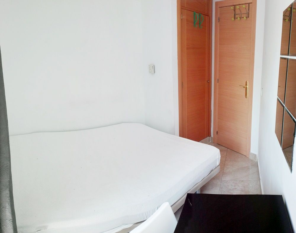 https://helpaccommodation.sextan.eu/upload/flats/SC6_1I/3-IMG_20170825_130910.jpg