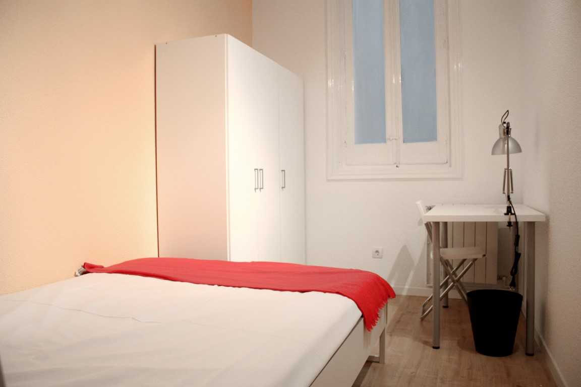 http://helpaccommodation.sextan.eu/upload/flats/SC8_2D/7.jpg