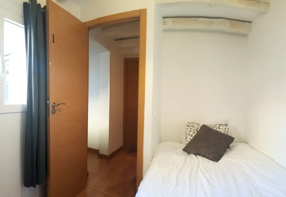 http://helpaccommodation.sextan.eu/upload/flats/SC8_5i/1-1-1.jpg