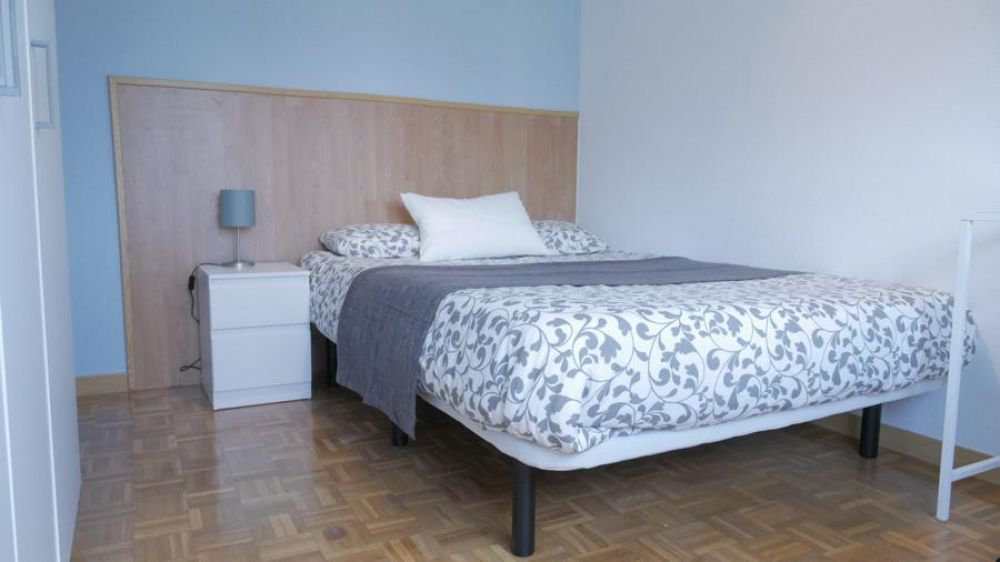 https://helpaccommodation.sextan.eu/upload/flats/SP22_4/2-P1030281.jpg